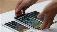 Các tín đồ xếp hàng ngày iPhone 8 và iPhone 8 Plus trình làng tại Nhật Bản