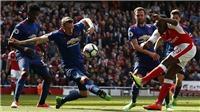 Sau 13 năm, cuối cùng Wenger cũng đánh bại Mourinho ở ngoại hạng Anh