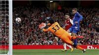 'Arsenal nên dừng đàm phán với Lemar để mua thủ môn thay Cech'