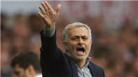 Ryan Giggs mách nước chuyển nhượng ở Man United cho Mourinho
