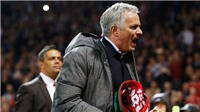 Mourinho chưa bao giờ gặp phải vấn đề nan giải thế này trong sự nghiệp