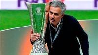 Man United mua sắm quyết liệt nhưng liệu có giải quyết được vấn đề lớn nhất?