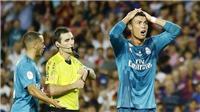SỐC!!! Ronaldo đối mặt án treo giò 12 trận vì tội đẩy trọng tài ở Kinh điển