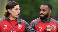 Fan Arsenal phát cuồng vì đoạn hội thoại giữa Bellerin & Lacazette mang về chiến thắng trước Chelsea