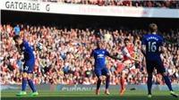 'Thà Herrera giơ mặt ra đỡ, Man United đã không phải nhận bàn thua'