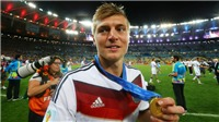 'Toni Kroos nên giải nghệ luôn lúc này'