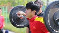 U20 Việt Nam tập gánh tạ trên đất Hàn Quốc