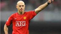 Trọng tài nào 'mặc áo' Man United?