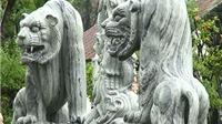 Linh vật Việt đầy kho nhưng vẫn sính linh vật 'ngoại lai'