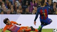 Mất hai trụ cột, Barca trả giá đắt cho trận thắng Man City