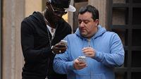 Siêu cò Raiola úp mở khả năng đưa Balotelli quay trở lại Liverpool