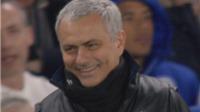 TIẾT LỘ: Mourinho cười nhạo chiếc thẻ đỏ của Herrera