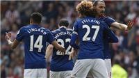 CĐV Man United tranh cãi khi Mourinho trao băng đội trưởng cho Fellaini