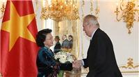 """Chủ tịch Quốc hội Nguyễn Thị Kim Ngân vào Top 'Phụ nữ ảnh hưởng nhất Việt Nam"""""""