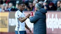 Anthony Martial tỏa sáng rực rỡ, Man United mất tiền vẫn sướng