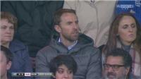 HLV tuyển Anh 'sáng suốt' khi bỏ xem derby Manchester để xem… bóng bầu dục