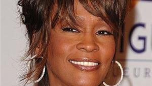 Whitney Houston qua đời ở tuổi 48
