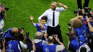 """Di Matteo chưa muốn thay đổi phong cách """"xe bus"""" của Chelsea"""