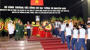 U19 Việt Nam viếng Đại tướng Võ Nguyên Giáp sáng 12/10