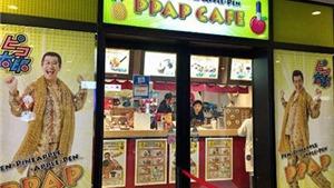 Mở quán cà phê mang tên ca khúc ngớ ngẩn 'Bút dứa, táo bút' ở Tokyo