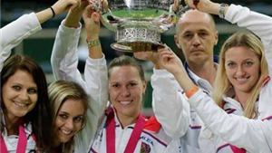 Tennis ngày 14/11: Djokovic phản pháo khi bị chỉ trích. 'Trai hư' Kyrgios được vinh danh