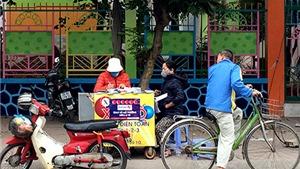 Xổ số điện toán Mega 6/45 Vietlott 'xách tay' bán như tôm tươi ở Hà Nội