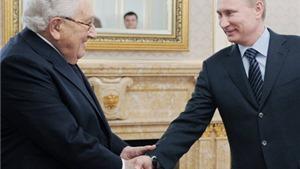 Phát ngôn sốc của Kissinger về vụ 'tấn công mạng' và về Putin
