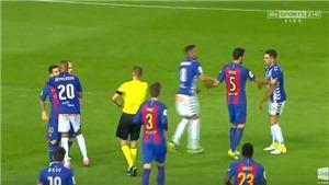 Vì Neymar, Messi nổi khùng, túm cổ và định dằn mặt cầu thủ Alaves