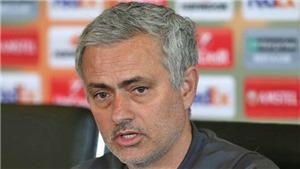 CẬP NHẬT tối 20/4: Mourinho đã chọn được người thay Carrick. Rio Ferdinand đánh giá thấp Higuain