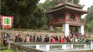 5 ngày Tết, 15 vạn lượt khách tới thăm Văn Miếu – Quốc Tử Giám