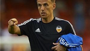 Theo gót anh trai, Phil Neville bị BLĐ Valencia sa thải