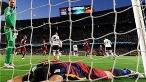 Barca 1-2 Valencia: Barca thua trận thứ 3 liên tiếp, bị Atletico Madrid đuổi kịp