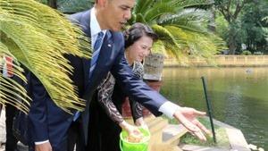 Tổng thống Barack Obama tới thăm Khu di tích Chủ tịch Hồ Chí Minh