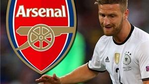 CẬP NHẬT tin tối 11/8: Arsenal đạt thỏa thuận với Mustafi. Man United bán 2 hậu vệ cho Sunderland