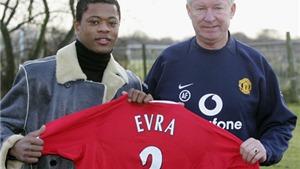 Patrice Evra lại trêu Sir Alex Ferguson bằng ảnh độc