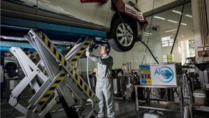 Toyota có thêm dịch vụ vệ sinh giàn lạnh xe hiện đại