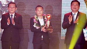 Thành Lương lần thứ 4 giành Quả bóng Vàng Việt Nam, Xuân Trường nhận Quả bóng bạc