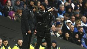 Guardiola có hành động ĐẶC BIỆT với Klopp vì căm phẫn trọng tài