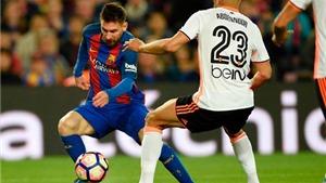 ĐIỂM NHẤN Barca 4-2 Valencia: Messi là hung thần của Alves. Mangala từ anh hùng hóa tội đồ
