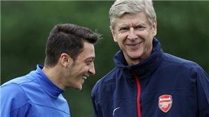 Mesut Oezil: 'Wenger rất quan trọng với tôi. Tương lai của tôi phụ thuộc vào việc ông ấy đi hay ở'