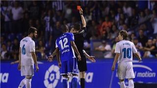 Deportivo 0-3 Real Madrid: Thẻ đỏ của Ramos che mờ chiến thắng 'như đi dạo'