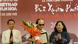 Nghệ sĩ guitar Văn Vượng giành Giải thưởng Lớn, giải Bùi Xuân Phái