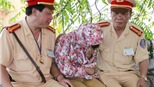 Thượng tá Lê Đức Đoàn: 'Một tấm lòng trong vạn tấm lòng'