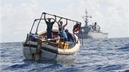 Hải tặc Somalia tấn công tàu chở dầu của UAE