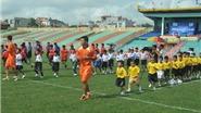 Mai Xuân Hợp làm HLV ở ngày hội bóng đá Nghi Sơn