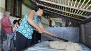 Gìn giữ nét văn hóa làng nghề truyền thống tại xã Phú Lễ - Bến Tre