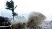 Áp thấp nhiệt đới cách Quảng Bình 350km, khả năng mạnh lên thành bão