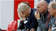 Arsenal đang 'sống mòn' vì Arsene Wenger quá cũ kĩ