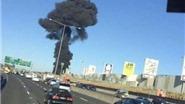 Máy bay chở 5 người rơi trúng trung tâm mua sắm, bốc cháy dữ dội ở Melbourne