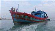 Tàu cướp biển bắn xối xả, một ngư dân Quảng Ngãi thiệt mạng